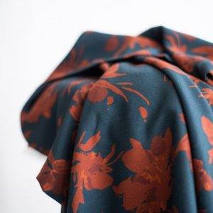 Mind the MAKER : viskose twill : Fall Flower teal/rust